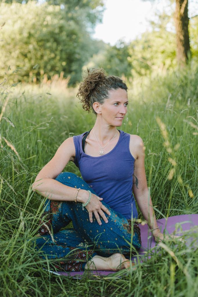 Irina Futterer, Yogakurse Engen, Entspannung und Beweglichkeit mit Yoga